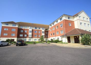 Thumbnail 2 bed flat to rent in Oak Road South, Benfleet