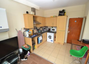 Thumbnail 3 bed flat to rent in Richmond Road, Roath, Cardiff