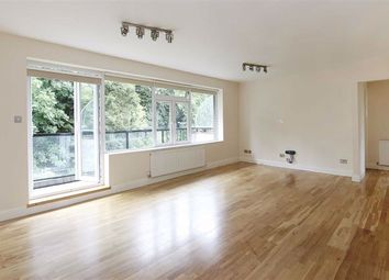 Thumbnail 3 bed flat to rent in Holders Hill Road, Hendon, London