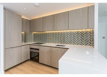 Thumbnail 1 bed flat to rent in City Road, Shoreditch, London
