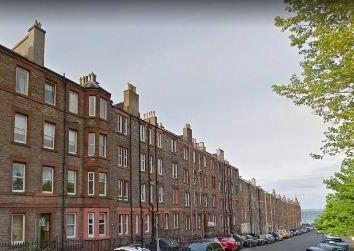 Thumbnail 1 bed flat to rent in Kings Road, Edinburgh