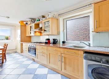 Thumbnail 3 bedroom flat to rent in Rowcross Street, London