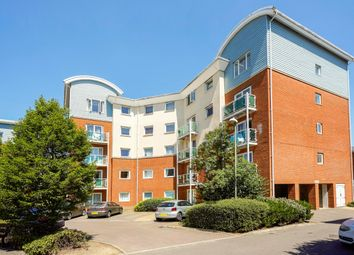 Thumbnail 2 bed flat to rent in Reynolds Avenue, Redhill