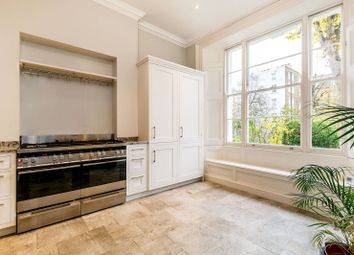 Thumbnail 3 bed flat to rent in Elgin Crescent, Notting Hill