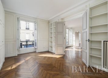 Thumbnail Apartment for sale in Paris 7th, 75007, France