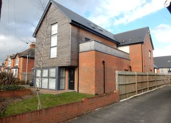 Thumbnail 1 bedroom maisonette to rent in Faircross Court, Thatcham