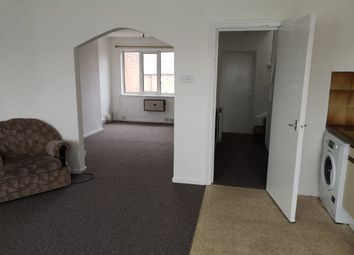 2 bed flat to rent in College Road, Birmingham B32