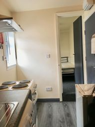 Thumbnail 1 bed flat to rent in High St, Kings Heath, Birmingham
