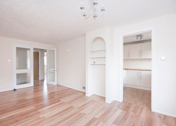 Thumbnail Flat to rent in Veronica Gardens, London