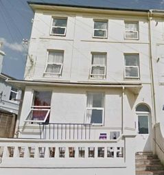 2 bed flat to rent in Pembroke Road, Torquay TQ1