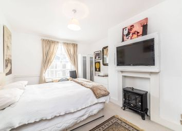 Thumbnail 2 bedroom property to rent in The Mount Square, Hampstead, London
