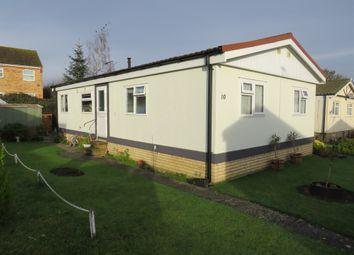 2 bed mobile/park home for sale in Kingsmead Park, Bedford Road, Rushden NN10