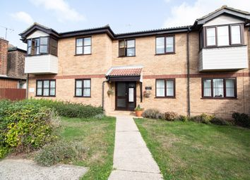 Leighwood Avenue, Leigh-On-Sea, Essex SS9. 1 bed flat