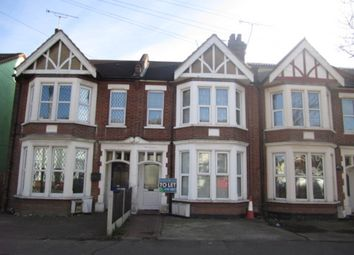 Thumbnail 2 bed flat to rent in Boscombe Road, Southend-On-Sea