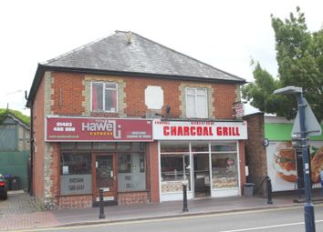 Thumbnail Flat to rent in High Street, Knaphill, Woking