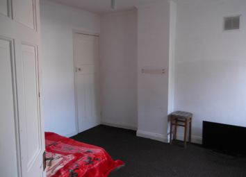 Thumbnail 1 bedroom flat to rent in Uppingham Road, Leicester