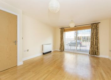 Thumbnail 2 bed flat to rent in Defoe Road, London