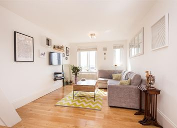 Thumbnail 2 bed flat for sale in Highlands Close, Stroud Green, London