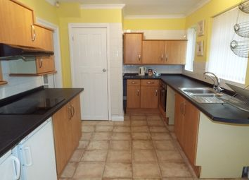 Thumbnail 2 bed property to rent in Minver Crescent, Aspley, Nottingham