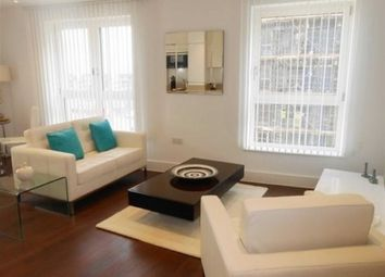 Thumbnail 1 bed flat to rent in Queensland Road, Islington, London