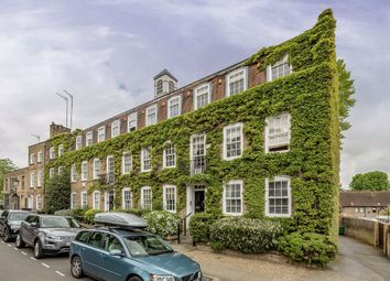 3 bed flat for sale in North End, London NW3