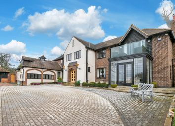 Thumbnail 6 bed detached house to rent in Woodman Lane, London