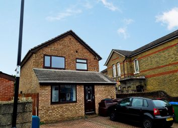 Thumbnail 6 bed detached house to rent in Spear Road, Southampton
