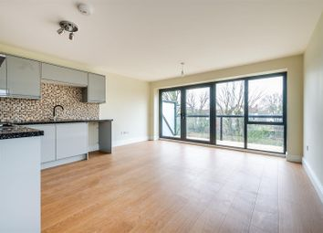 Thumbnail 1 bed flat to rent in New Wanstead, London
