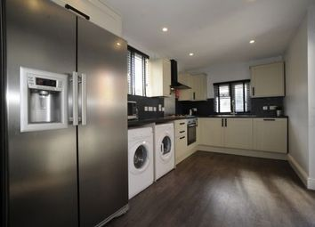 Thumbnail 5 bed terraced house to rent in 17 Victoria Street, Exeter