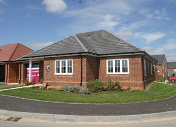 Thumbnail 3 bed bungalow for sale in Roman Way, Thame, Oxfordshire