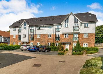 2 bed flat to rent in Tilling Close, Maidstone ME15