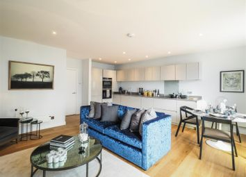 Thumbnail 2 bed flat to rent in Monarch Square, London