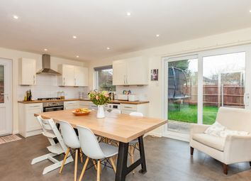 4 bed detached house to rent in Parry Close, Marston, Oxford OX3