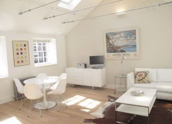 2 bed flat to rent in Gloucester Square, New Town EH3