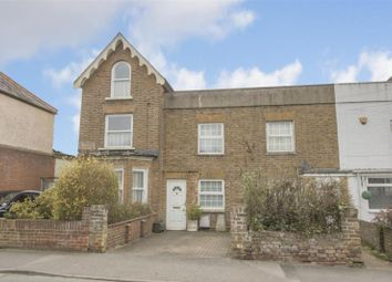 Thumbnail 2 bed property for sale in Clewer Hill Road, Windsor