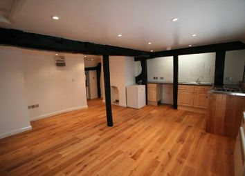 Thumbnail 1 bed flat to rent in Flat B Upper Stone Street, Maidstone