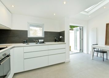 Thumbnail 5 bed terraced house to rent in Albion Road, Stoke Newington