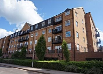 Thumbnail 3 bed flat for sale in Holly Street, Luton