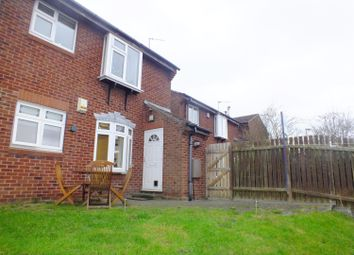 Thumbnail 2 bed flat to rent in Heron Grove, Shadwell, Leeds