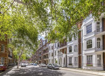 Thumbnail 3 bedroom flat for sale in Ashley Gardens, Emery Hill Street, London