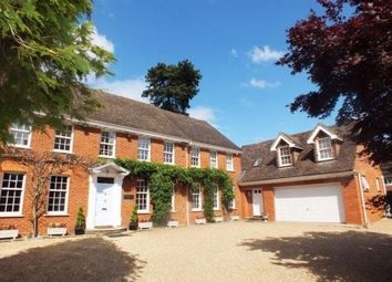 Thumbnail Studio to rent in Middle Hill, Englefield Green, Egham