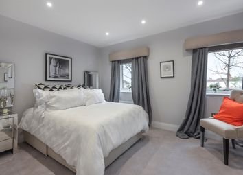 Thumbnail 4 bed town house for sale in Eveline Road, Mitcham