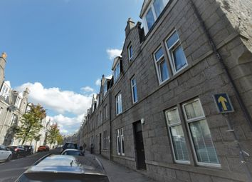 2 bed flat to rent in Wallfield Crescent, Rosemount, Aberdeen AB25
