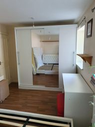 Thumbnail 2 bed flat to rent in St. Stephens Road, Enfield, London