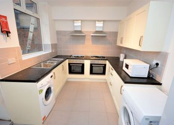 Thumbnail 1 bed flat to rent in Tilbury Street, Royton, Oldham