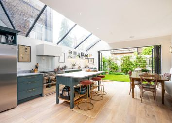 Thumbnail 5 bedroom property to rent in Gascony Avenue, London