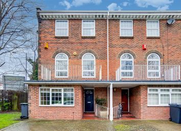 4 bed property for sale in Sussex Gardens, London N6
