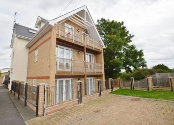 Thumbnail 1 bed flat to rent in Benrek Close, Chigwell