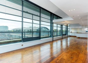 Thumbnail 2 bed flat to rent in Chiswick Green Studios, Chiswick