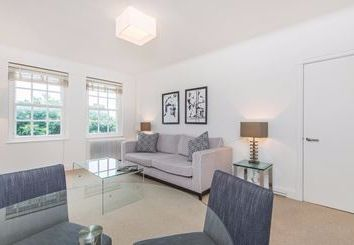 Thumbnail 1 bed flat to rent in Fulham Road, Kensington